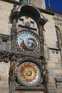 Vieille ville - horloge astronomique
